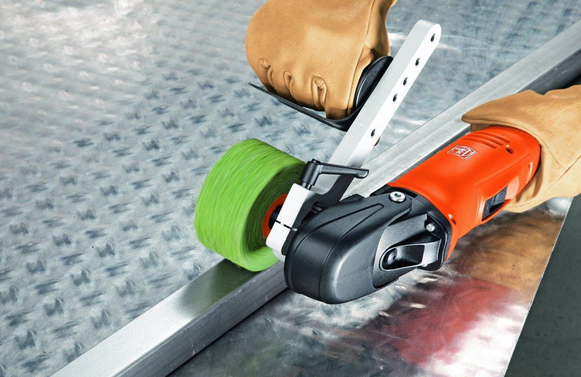 Macchine per satinare acciaio inox