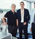 robot auto del futuro Volkswagen Kuka