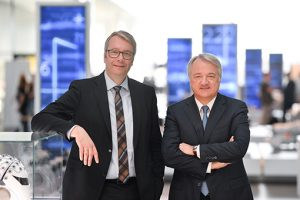 Sommer dimissioni ad ZF