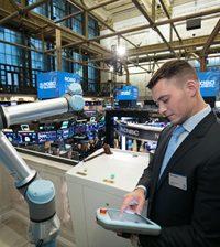cobot Universal Robots chiusura operazioni Nyse